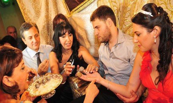 """""""الحلقة الثانية"""".. الزواج في العراق 5  أيام """"الشربت"""" و""""الملجة"""" بينهم"""