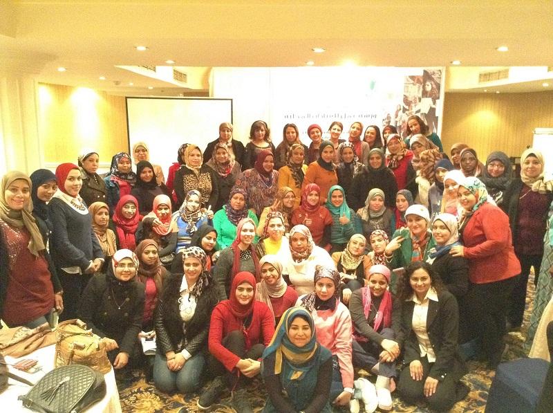 """تدريب """"المحليات"""" لشابات البحر الأحمر مع مشروع أصوات النساء"""