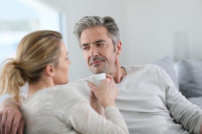 9 أمور يمكنك التحدث بها مع حبيبك