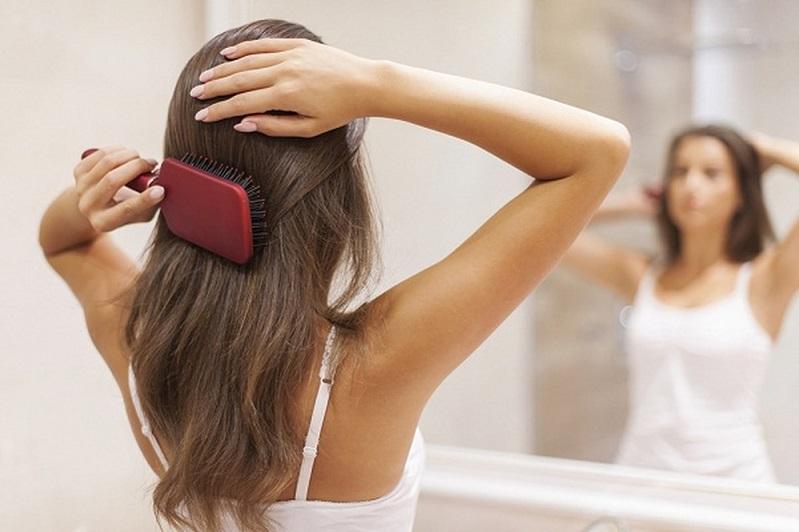 تمشيط شعرك بهذه الطرق يؤدي لتساقطه