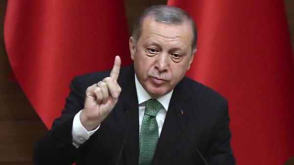 أردوغان يرغب في تجريم العلاقات خارج إطار الزواج