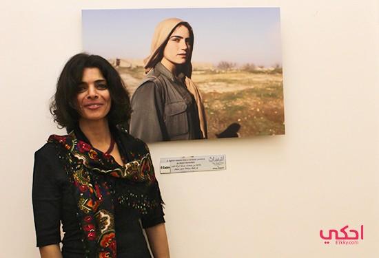 """""""الطريق الثالث"""" معرض أسماء وجيه عن """"أكراد خلقن الحرية"""""""