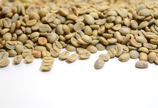 """تعرفي على """"القهوة الخضراء"""".. فوائدها والآثار الجانبية"""