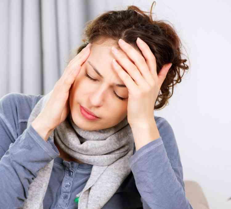 أسباب الصداع النصفي وأعراضه وكيف يمكن التخلص منه