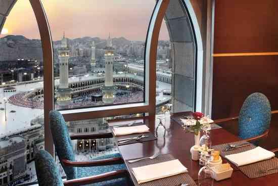 أفضل مطاعم مكة القريبة من الحرم لتجربة مميزة