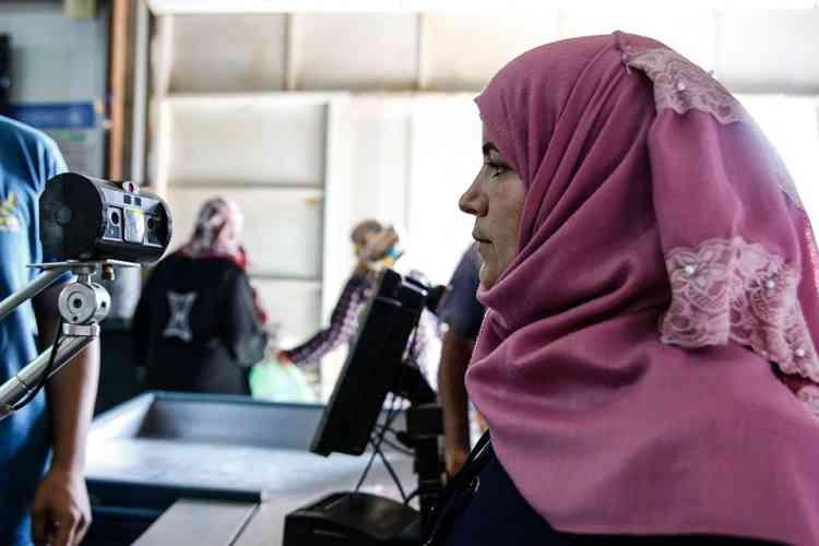 الأمم المتحدة للمرأة: التكنولوجيا لمساعدة اللاجئين
