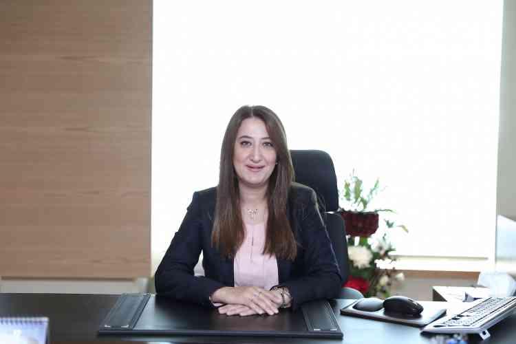 داليا الباز أول سيدة مصرية تتولى نائب البنك الأهلي