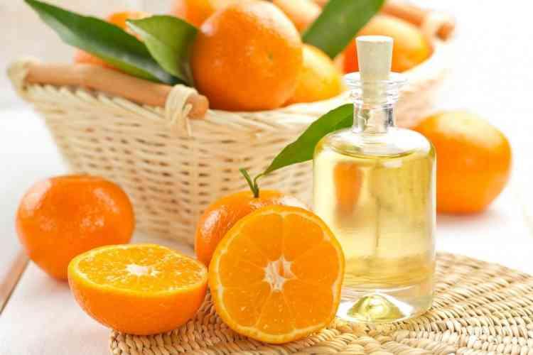 فوائد زيت البرتقال الساحرة للبشرة وأضراره