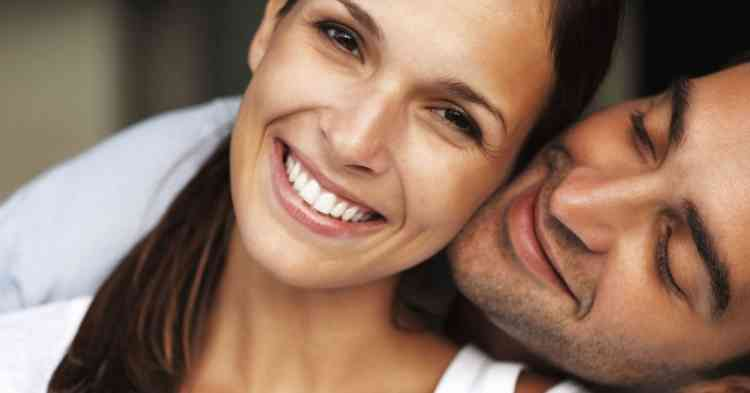 لماذا نغلق أعيننا عند التقبيل في أثناء العلاقة الحميمة!