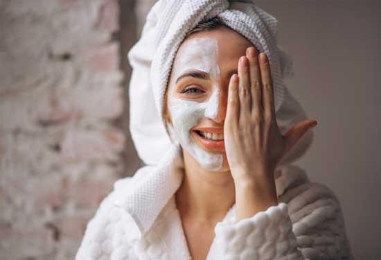 ماسك الخميرة لتفتيح البشرة وعلاج حب الشباب