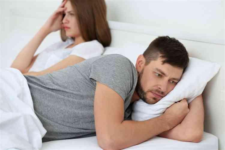 متلازمة القضيب الصغير وتأثيرها على العلاقة الحميمة