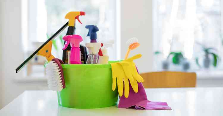 منظفات البيت والمطهرات التي تجعل منزلك نظيف وآمن