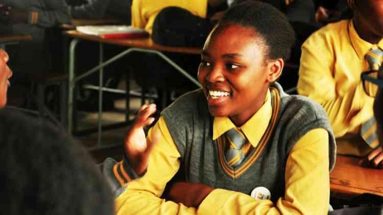 """""""من أجل تعليم المراهقات"""" حملة لإنقاذ 130 مليون فتاة"""