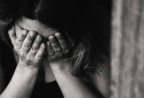 هل نقص الفيتامينات يسبب الاكتئاب؟.. اعرفي الإجابة