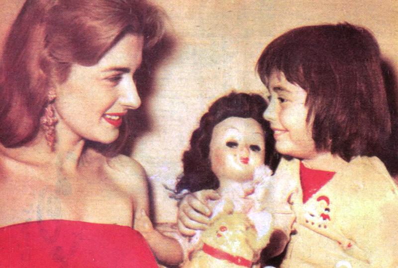 مريم فخر الدين وابنتها